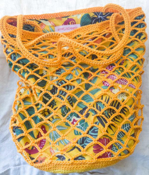 haekelnetz gelb liegend