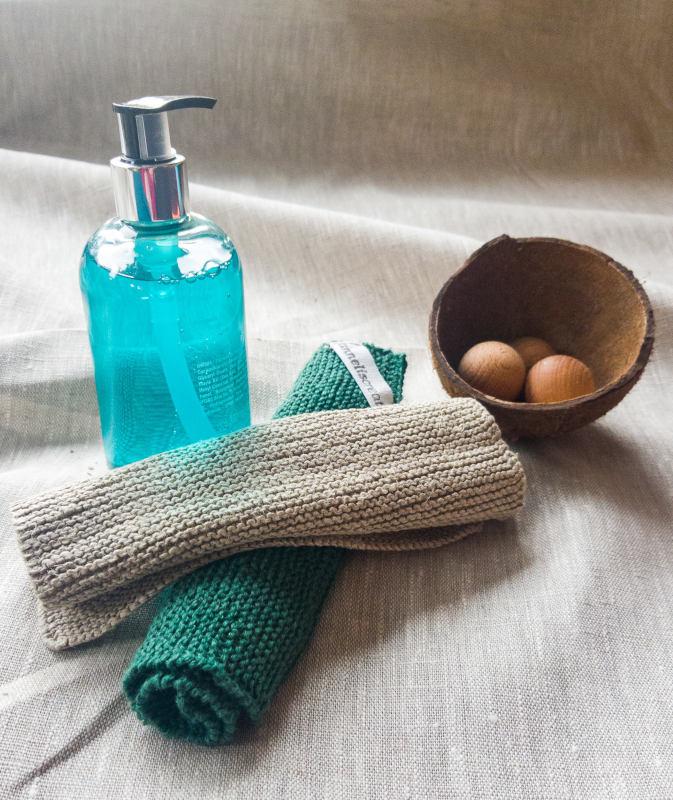 geschenk_waschlappen mit seifenspender und deko